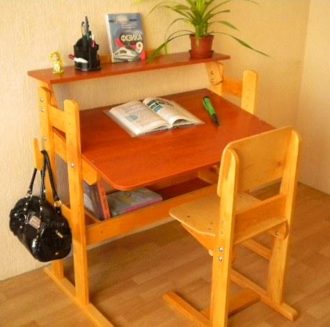 Как сделать стол для уроков