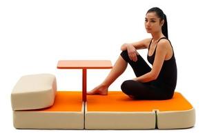 Многофункциональная мебель: диван, столик и кровать
